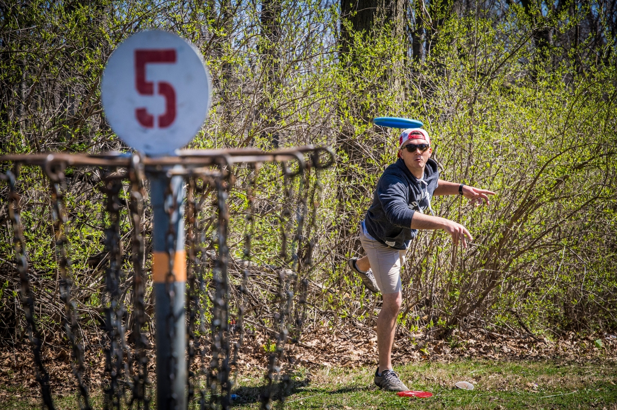 Disc golf: the blue collar game